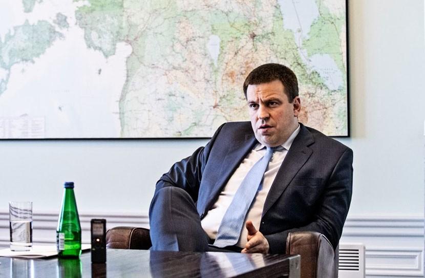 ИНТЕРВЬЮ | Юри Ратас о риторике EKRE, повышении пенсий и второй пенсионной ступени, алкогольной войне с Латвией и доверии русских избирателей