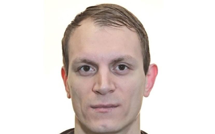 Йыхвиская полиция просит помощи в розыске подозреваемого в преступлении против имущества