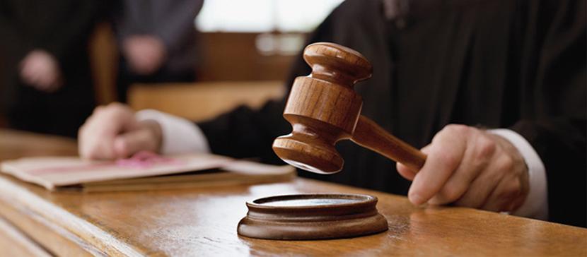 Суд отстранил защитников от участия в судебном разбирательстве