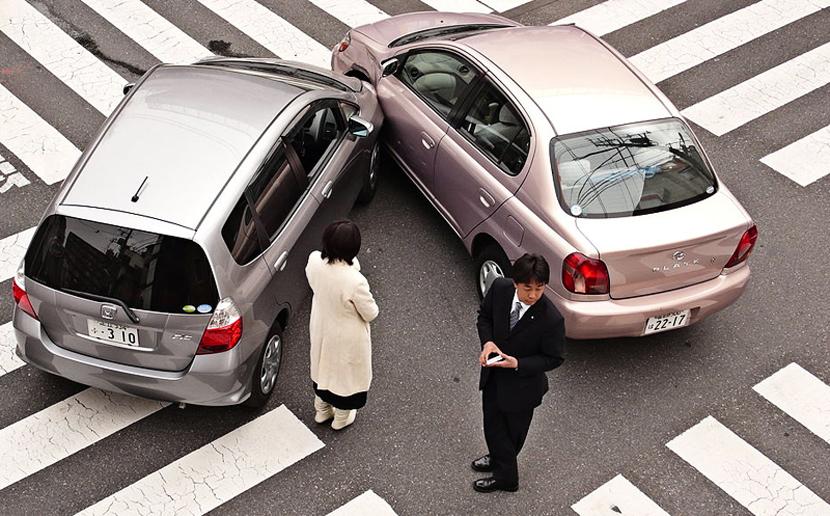 Исследование: кому первым звонят люди в Эстонии после дорожно-транспортного происшествия?