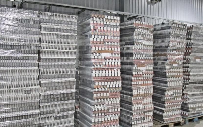 Эстонские власти изъяли на границе в Нарве свыше 1 млн контрабандных сигарет