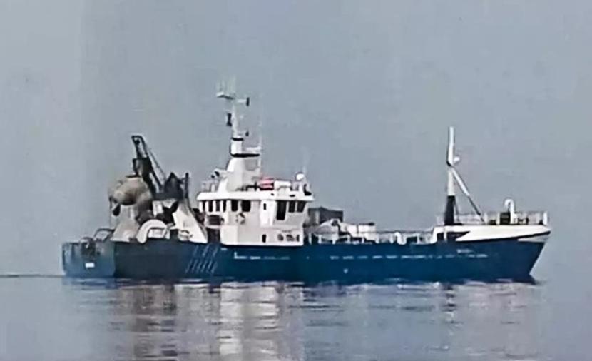 Капитан судна Roxen все еще остается под домашним арестом