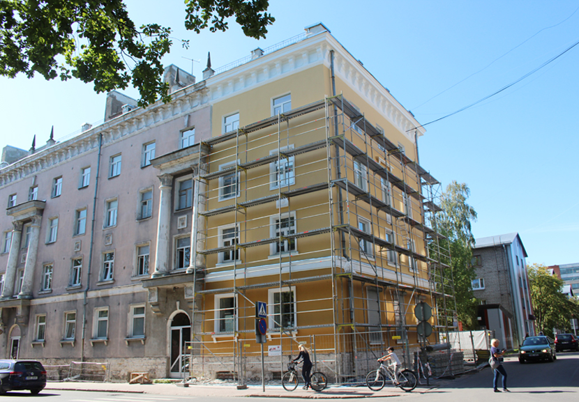 Ремонт нестандартного дома требует нестандартных решений