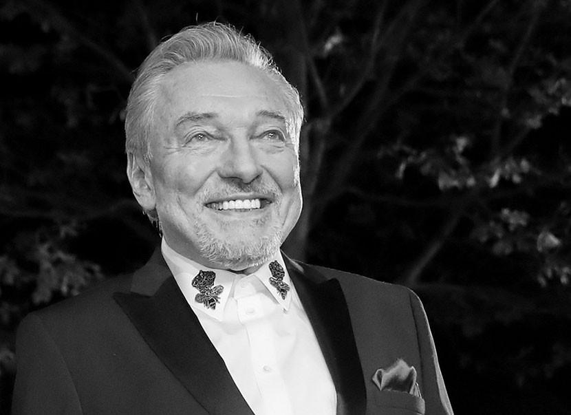 Умер чешский эстрадный певец Карел Готт