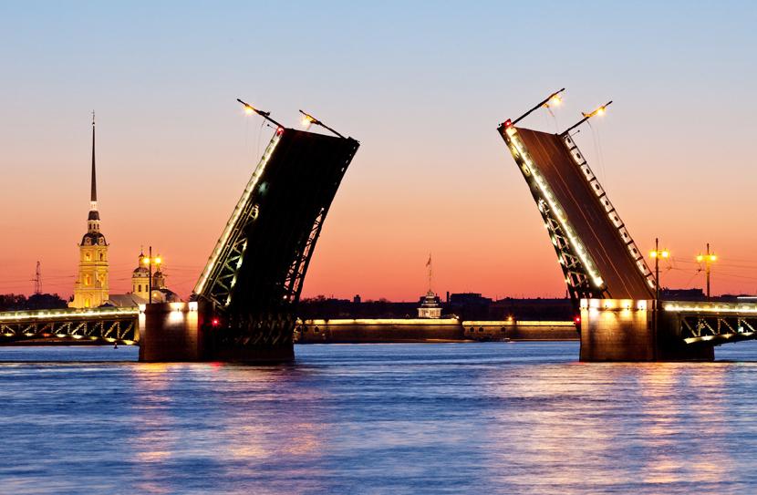 И снова о важном: как поехать в Санкт-Петербург по электронной визе