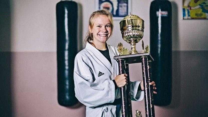 Каратистка Анна Сокк завоевала бронзовую медаль молодежного чемпионата мира