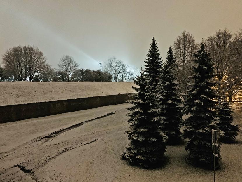 И в Нарву пришла зима...