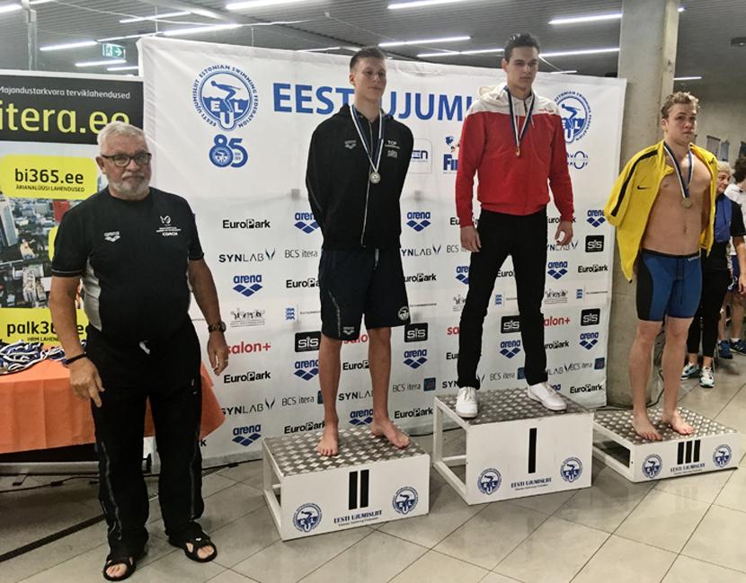 Девять из десяти медалей – у Демида Солодова