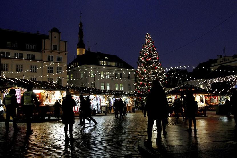 ФОТО: как готовятся к Рождеству в разных городах мира