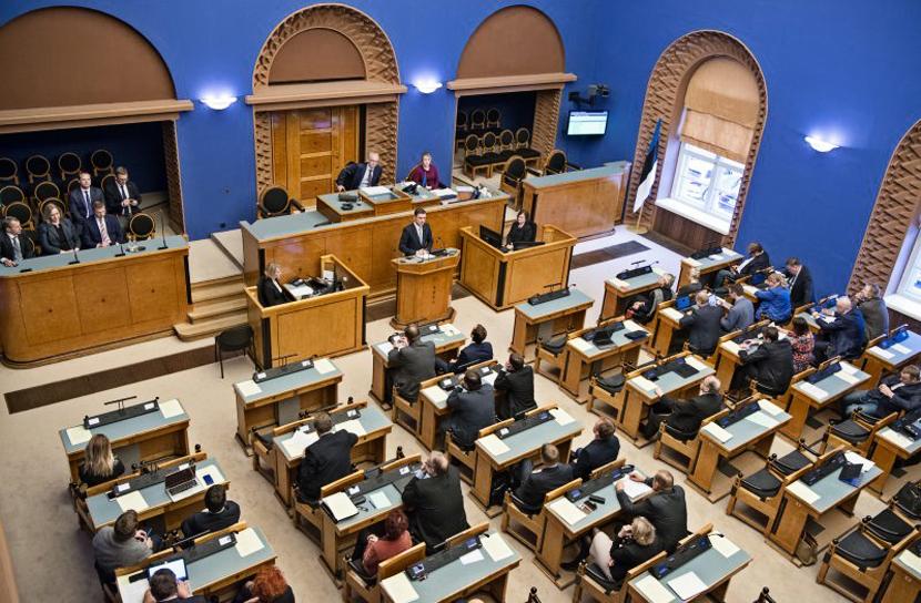 Проект закона пенсионной реформы прошел первое чтение в Рийгикогу