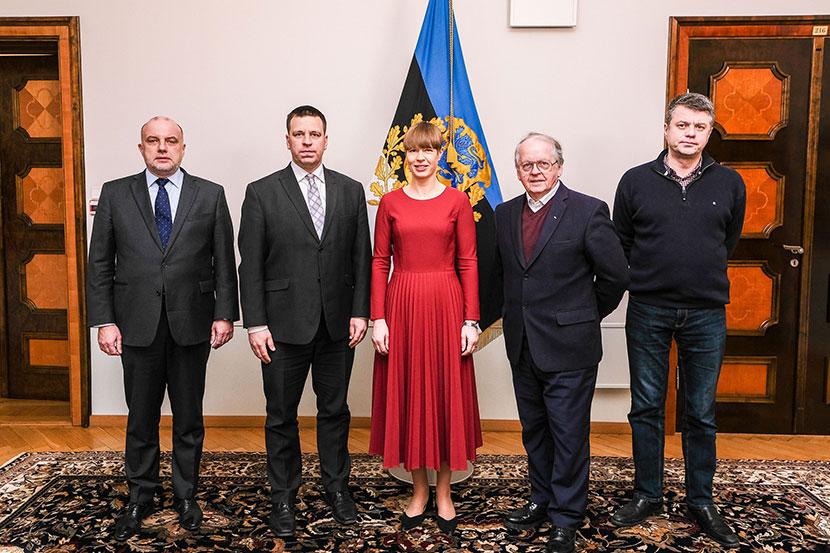 Президент Кальюлайд: Эстония старается уменьшить напряженность на Ближнем Востоке
