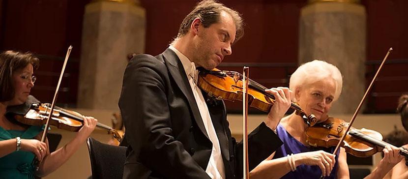 В Йыхвиском Концертном доме состоится концерт всемирно известного Венского симфонического фестивального оркестра Штрауса
