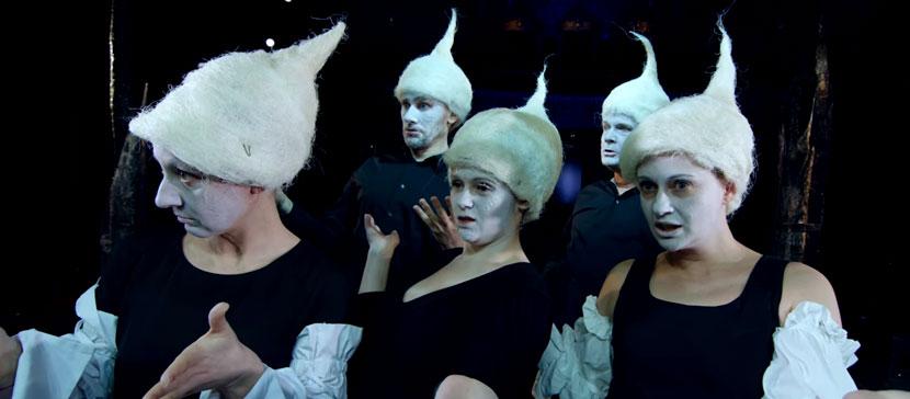 Русский театр Эстонии выпустил клип-пародию на главный хит прошлого года - песню Nublu «für Oksana»