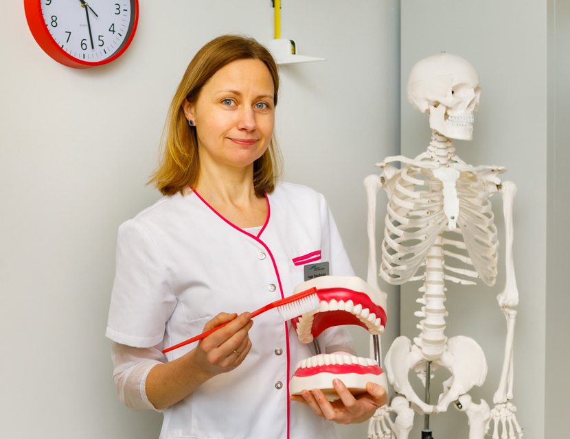 Школьная медсестра обеспокоена: около 40% учеников чистят зубы лишь один раз в день