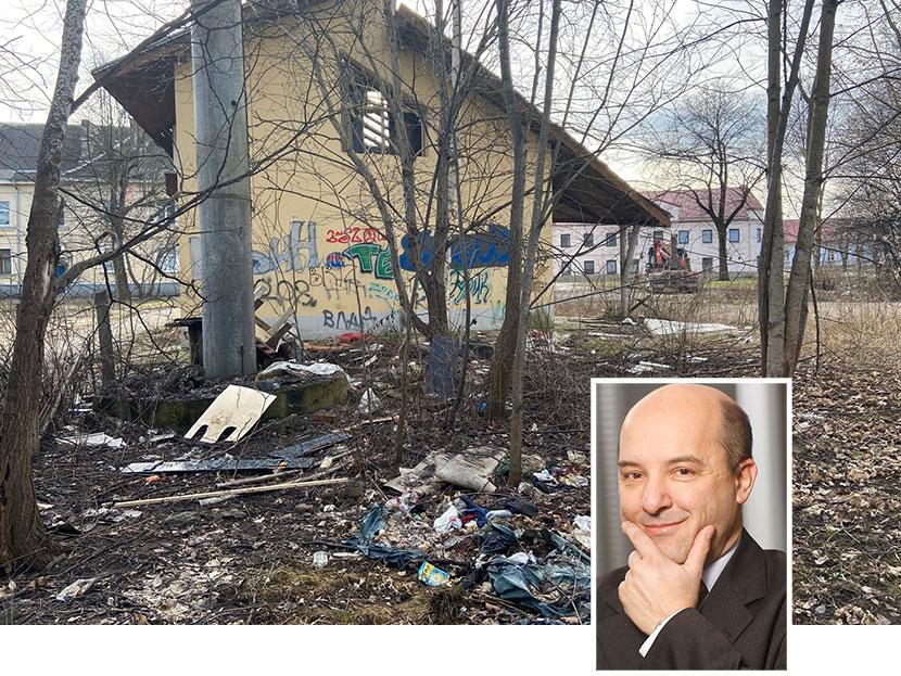 Иностранные владельцы  нарвских развалин: приходят эффектно,   уходят по-английски