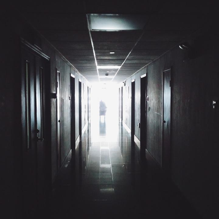 В Эстонии от коронавируса скончался первый медицинский работник