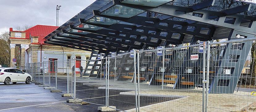Нарвский автобусно-железнодорожный терминал закончили строить еще в марте. Официального открытия придется подождать