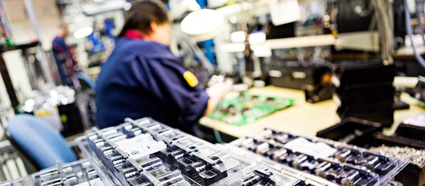 Из-за вызванных COVID-19 проблем в Нарве коллективные сокращения пока происходят не очень активно: от 63 сотрудников избавляются два предприятия