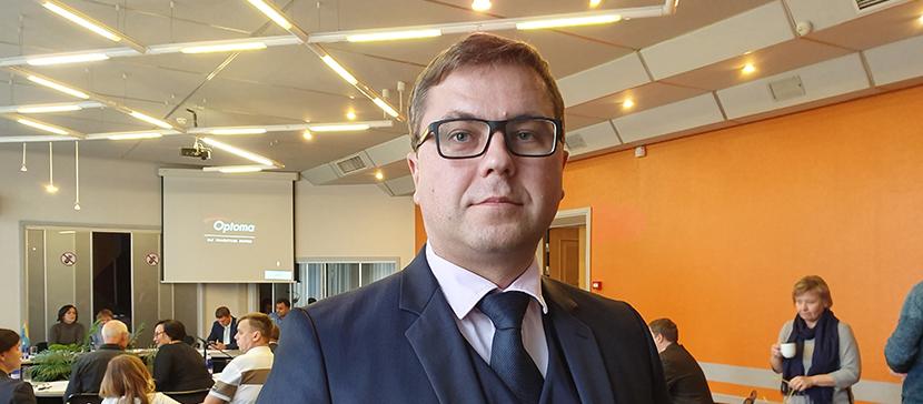 Задай вопрос вице-мэру Нарвы Сергею Горлачу