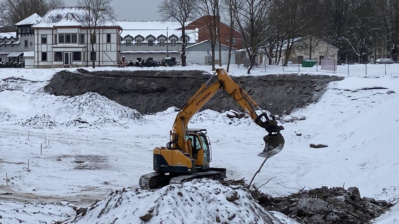 Канцлер права поддержал нарвское КТ, не согласное с проектом строительства спортивного парка. В мэрии ищут виноватых