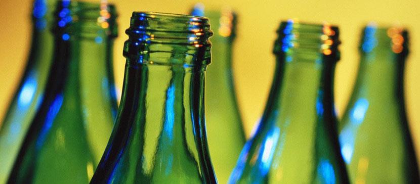 Таллиннский бомж рассказал, сколько получает, собирая бутылки