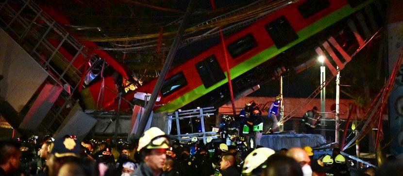 Более 10 человек погибли при обрушении метромоста в Мехико