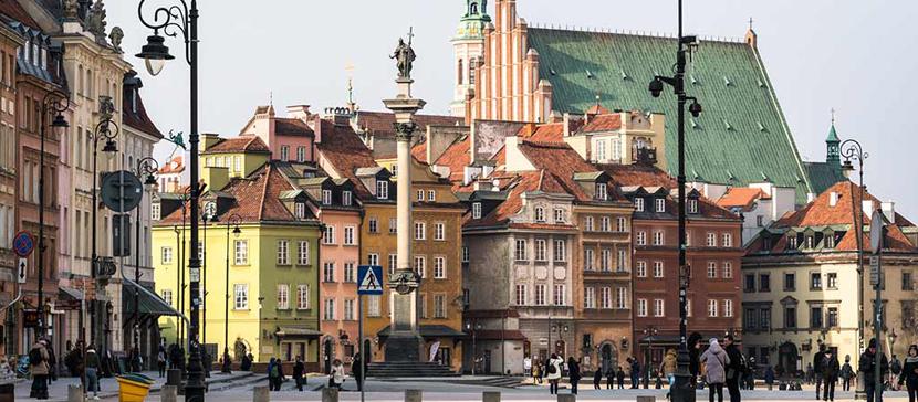 В Польше снимают карантинные ограничения