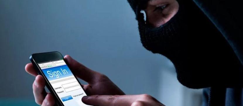 Как защититься от телефонного мошенничества? Завершить разговор!